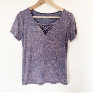 Mudd tee, cute front detail